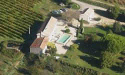 Vue aérienne du Vignoble en Luberon